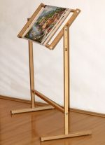 Adjustable loom with stand
